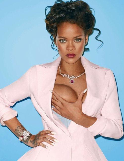 Rihanna Huge boobs
