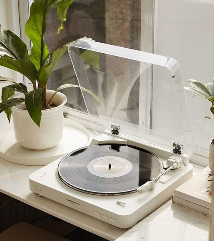 How To Clean A Record Player Step By Step Guide