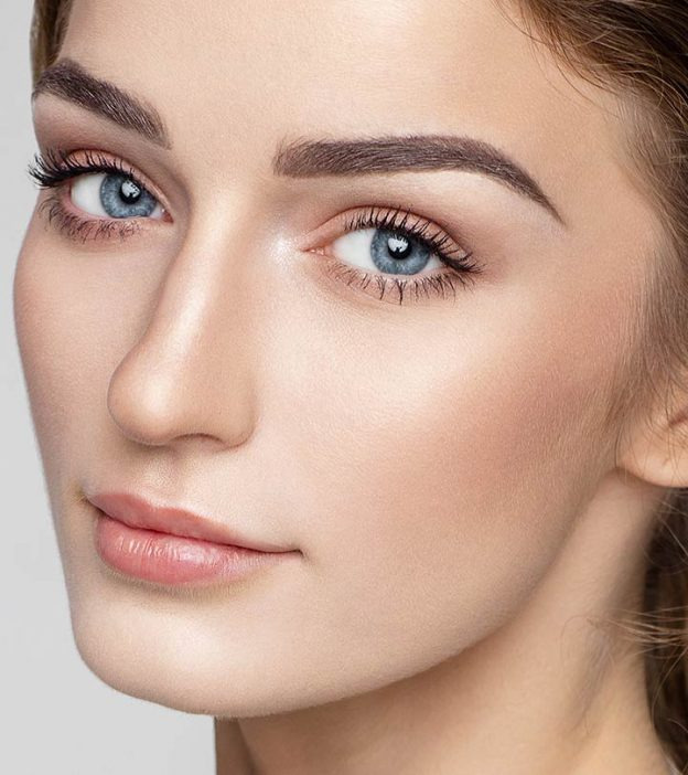 Achieve a Healthy, Glowing, Natural Makeup Lookup with No Poreblem Primer