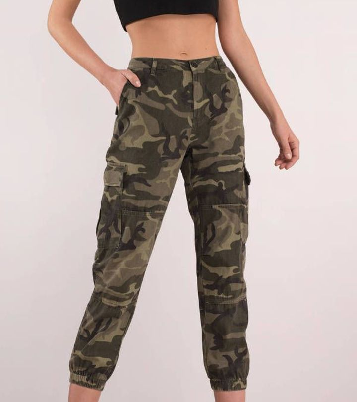 How To Wear Camo or Women Camouflage Pants of Trendy Fashion Brands
