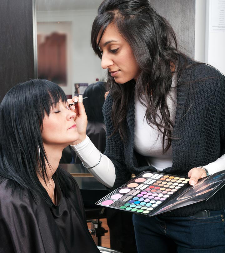 How to Become a Makeup Director for a Fashion Show?
